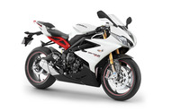 Triumph Daytona 675R wallpaper 1920x1200 jpg