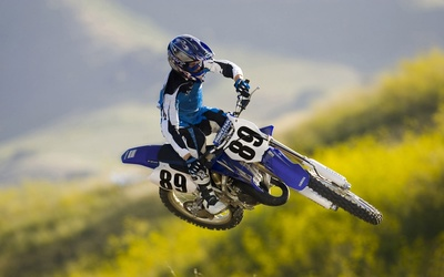 Yamaha YZ125 wallpaper