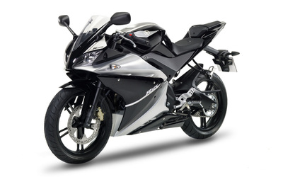 Yamaha YZF-R125 wallpaper
