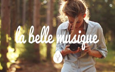 La Belle Musique with a photographer girl wallpaper
