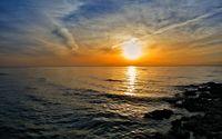 Amazing sunset reflecting in the ocean wallpaper 1920x1200 jpg