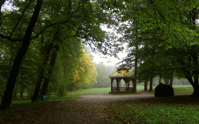 Bandstand in the park wallpaper