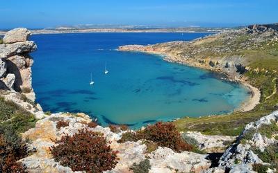 Bay in Malta wallpaper
