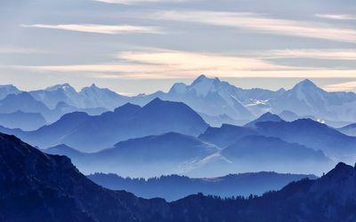 Blue mountain range Wallpaper