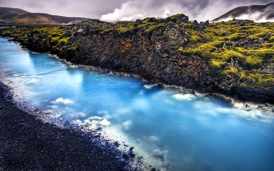 Blue stream in Grindavik wallpaper