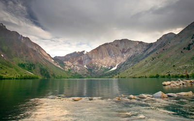 Convict Lake wallpaper