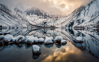 Convict Lake, California wallpaper