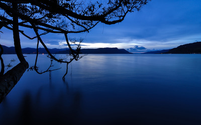 Dark blue dusk over the lake Wallpaper