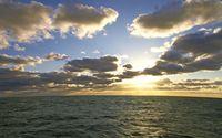 Fluffy clouds above the ocean wallpaper 2880x1800 jpg