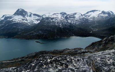 Glacier in Nuuk, Greenland wallpaper