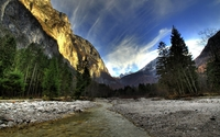 Golden rocky peak in Yosemite National Park wallpaper 1920x1200 jpg
