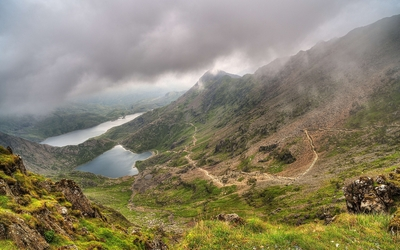 Gray clouds over the mountain lakes wallpaper