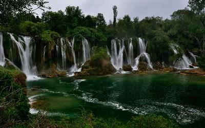 Kravice waterfall, Bosnia and Herzegovina wallpaper