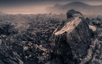 Lava field in Landmannalaugar, Iceland wallpaper