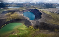 Mossy ground by the crater lakes in Iceland wallpaper 2560x1440 jpg