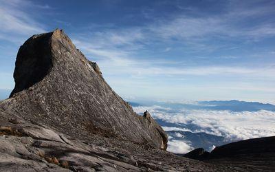 Mount Kinabalu wallpaper