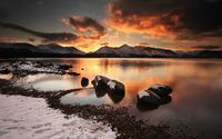 Mountain lake on a winter evening wallpaper 2560x1600 jpg