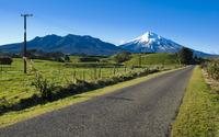 Path to the snowy peak wallpaper 2560x1600 jpg