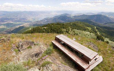 Picnic bench on top of the mountain wallpaper