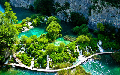 Plitvice Lakes National Park [3] wallpaper