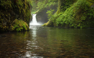 Punch Bowl Falls wallpaper
