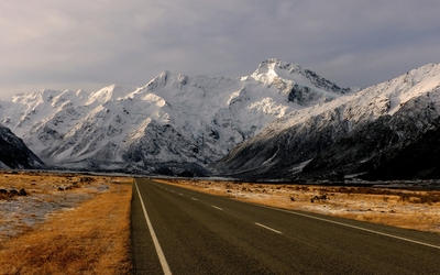 Road towards the snowy mountains [3] wallpaper