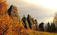 Rocky cliffs on the autumn hill wallpaper 3840x2160 jpg