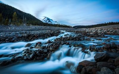 Rocky mountain river wallpaper
