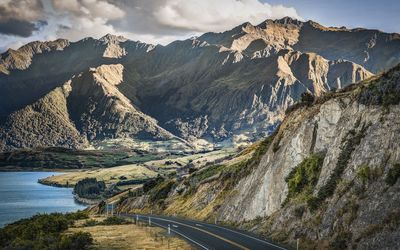 Rocky mountains in New Zealand wallpaper