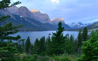 Rocky mountains surrounding the lake wallpaper 1920x1200 jpg