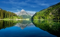 Rocky peak reflecting in the Mirror Lake wallpaper 1920x1200 jpg