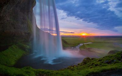 Seljalandsfoss waterfall at sunset wallpaper