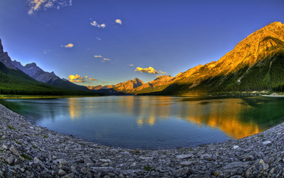 Spray Lakes, Canada wallpaper