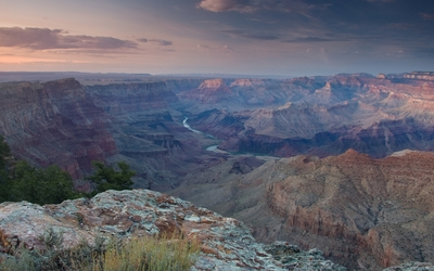 Sunset clouds above the Grand Canyon wallpaper