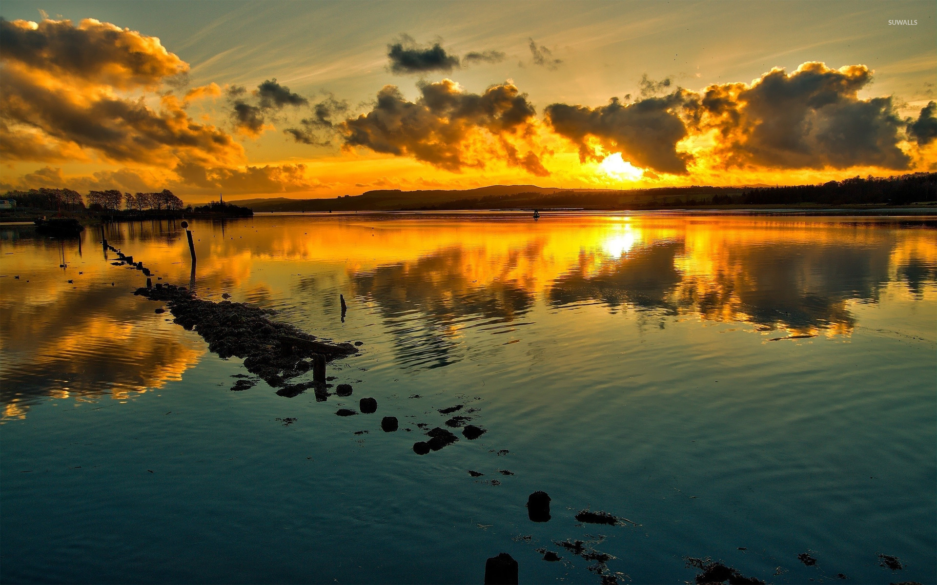 Sunset Over The Lake Wallpaper Nature Wallpapers 17540