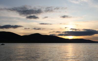 Superb sunset behind the hills Wallpaper