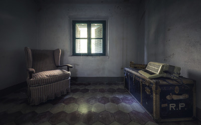 Abandoned room wallpaper