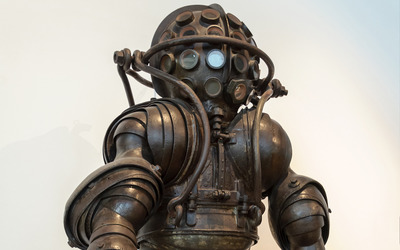 Ancient diving suit wallpaper