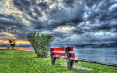 Bench on the water side wallpaper