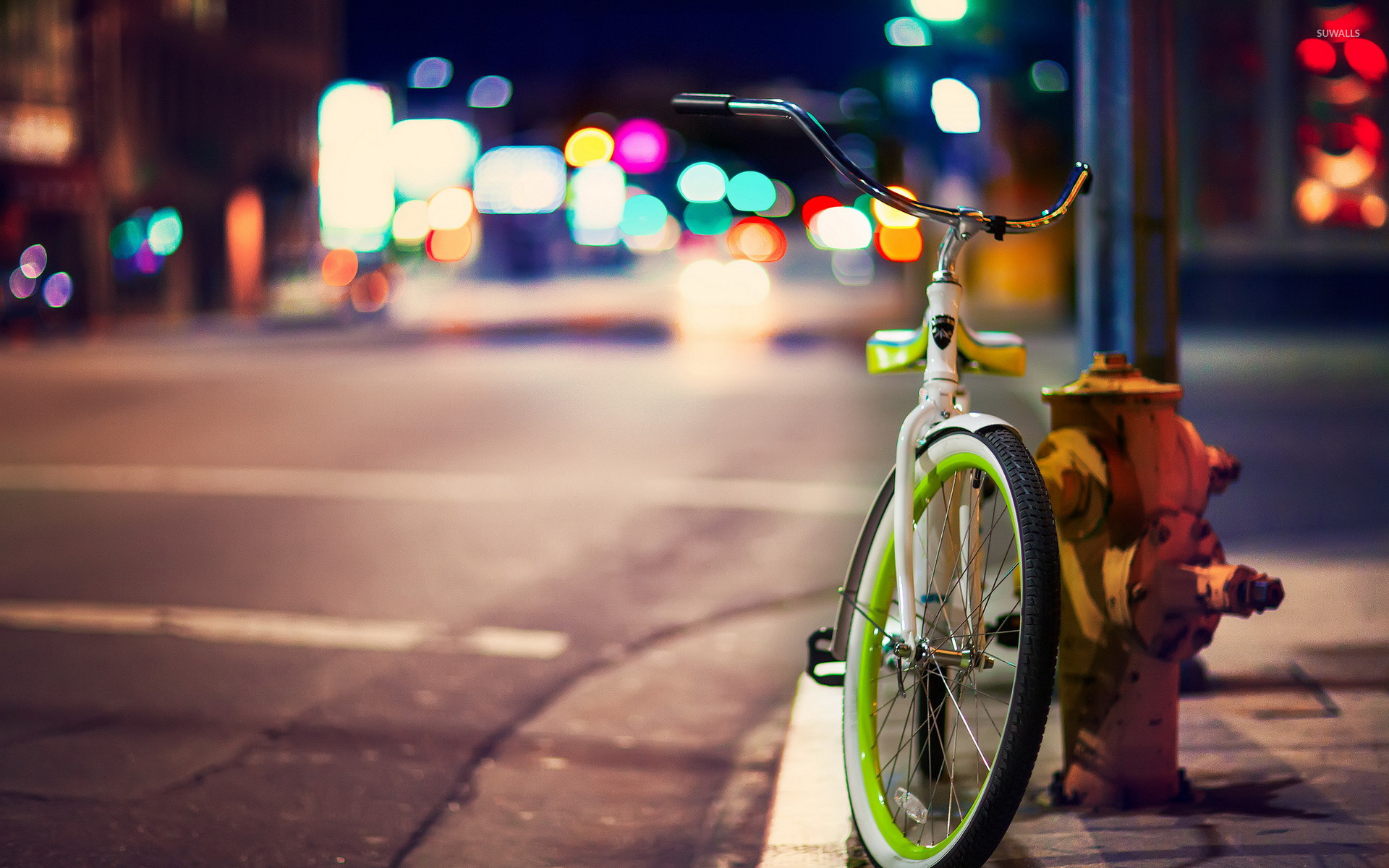 Bicycle On The City Street Wallpaper