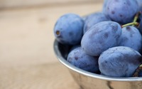 Bowl of fresh plums wallpaper 2880x1800 jpg