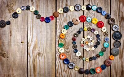 Button swirl wallpaper