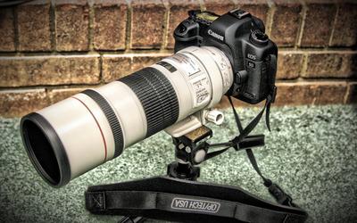Canon EOS camera wallpaper
