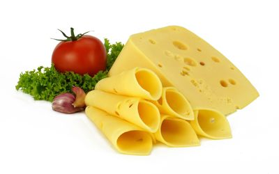 Cheese and tomato wallpaper