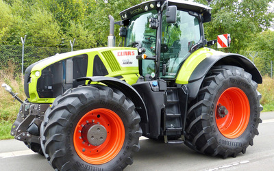 Claas AXION 950 wallpaper