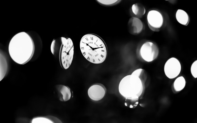 Clocks at night wallpaper