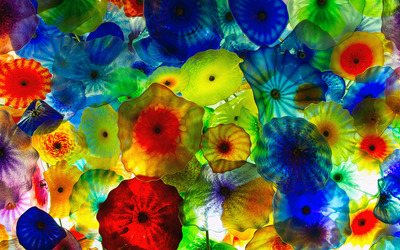 Colorful glass flowers Wallpaper