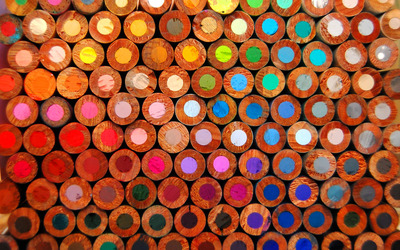Colorful pencils wallpaper