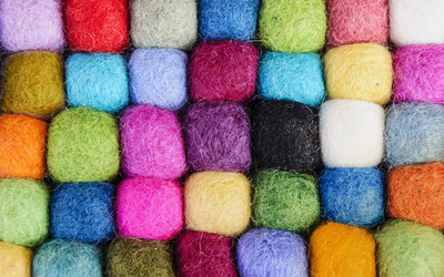 Colorful wool wallpaper