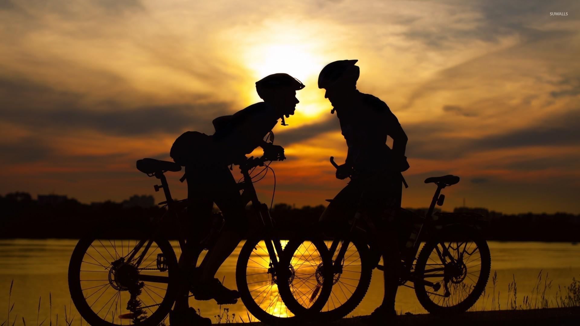 Sunset Bike Couple Wallpaper